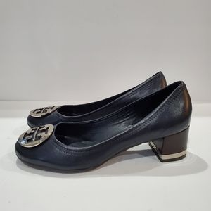 Tory Burch size 9 blue and silver